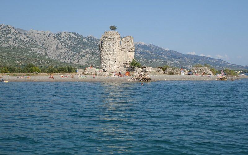 starigrad plaža